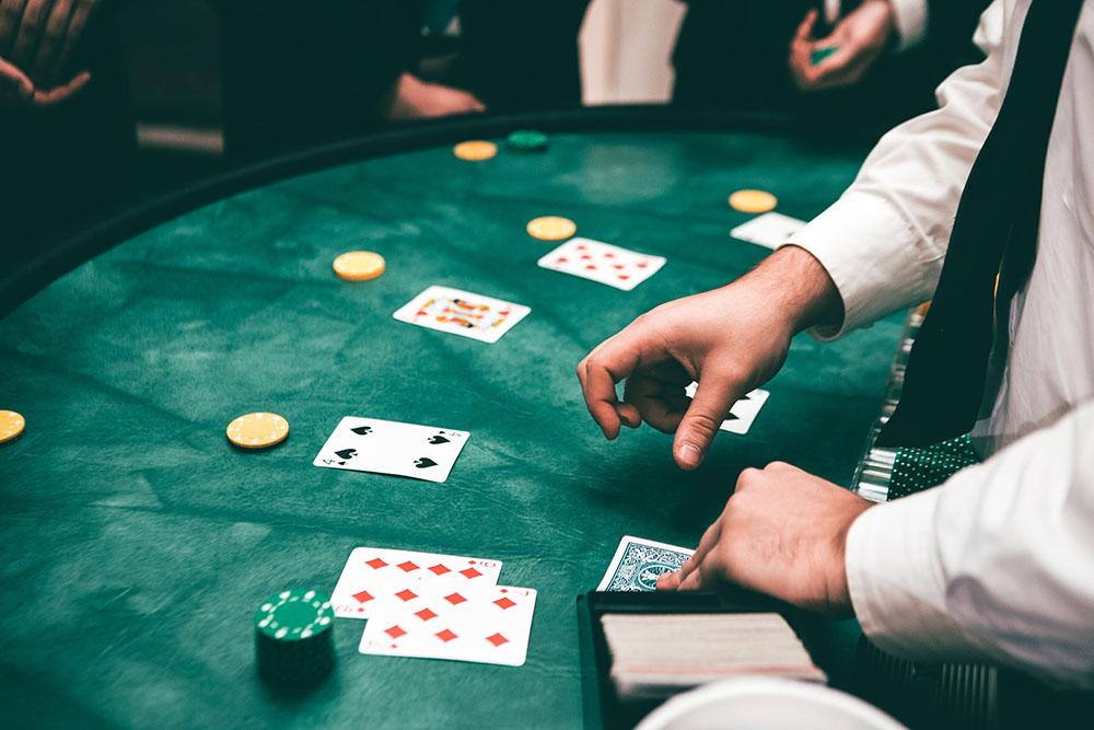 Практика онлайн покера русская рулетка онлайн игра